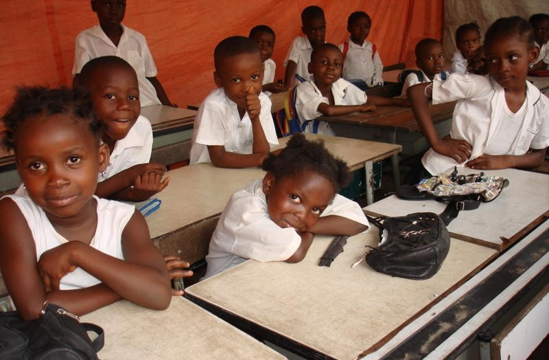 Students+from+a+potential+school+that+Project+Givewell+may+be+sponsoring.