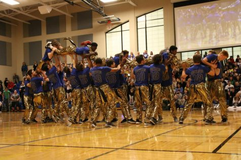 Spirit Week 2017 – Boys Poms Performances