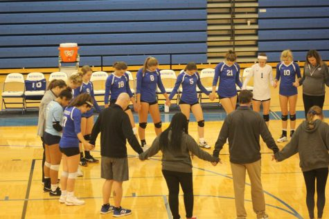 Set Apart Through Prayer: How the Girls Volleyball Team is Spreading the Gospel