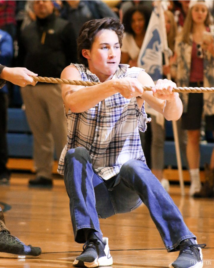 Sophomore Boys Beat Senior Boys in a Shocking Tug O'War Upset