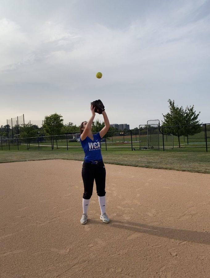 Nicki+Mabry%2C+Senior%2C+catches+fly+ball+at+practice.