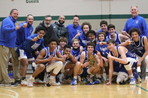 The Cats take home their second consecutive District trophy.